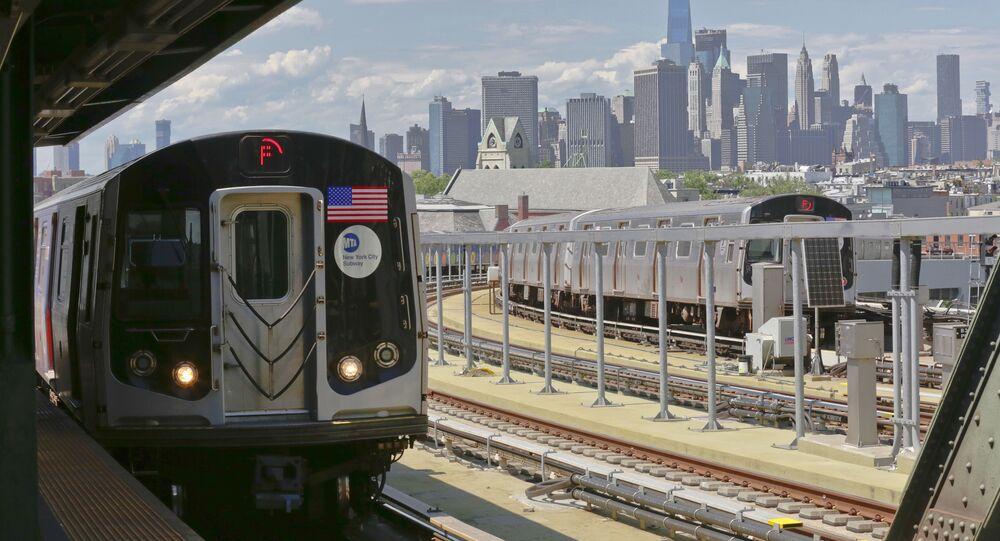 New-York lève le voile sur son métro futuriste (vidéo)