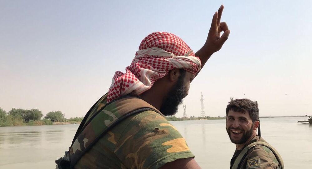 L'étau se resserre sur Daech: l'armée syrienne franchit l'Euphrate