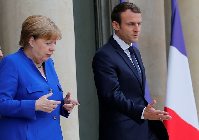 Angela Merkel et Emmanuel Macron. Archive photo