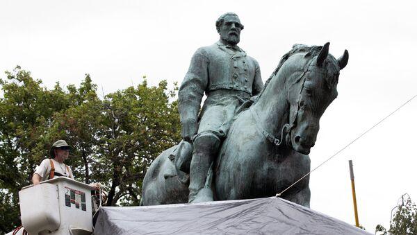 Une statue du général confédéré Robert Lee. Virginie - Sputnik France