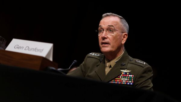 General Joseph Dunford, Chairman of the Joint Chiefs of Staff, testifies before the Senate Armed Services Committee on Capitol Hill in Washington, U.S. September 26, 2017. REUTERS/Aaron P. Bernstein - Sputnik France