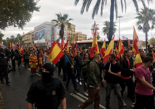 Manifestation pour l'unité du pays à Barcelone, le 1 octobre
