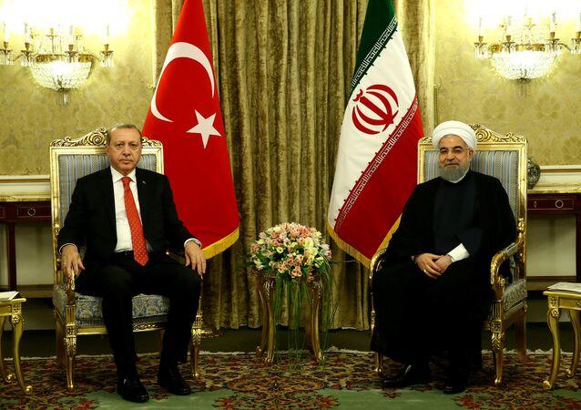 Les Présidents turc et iranien, Recep Tayyip Erdogan et Hassan Rohani