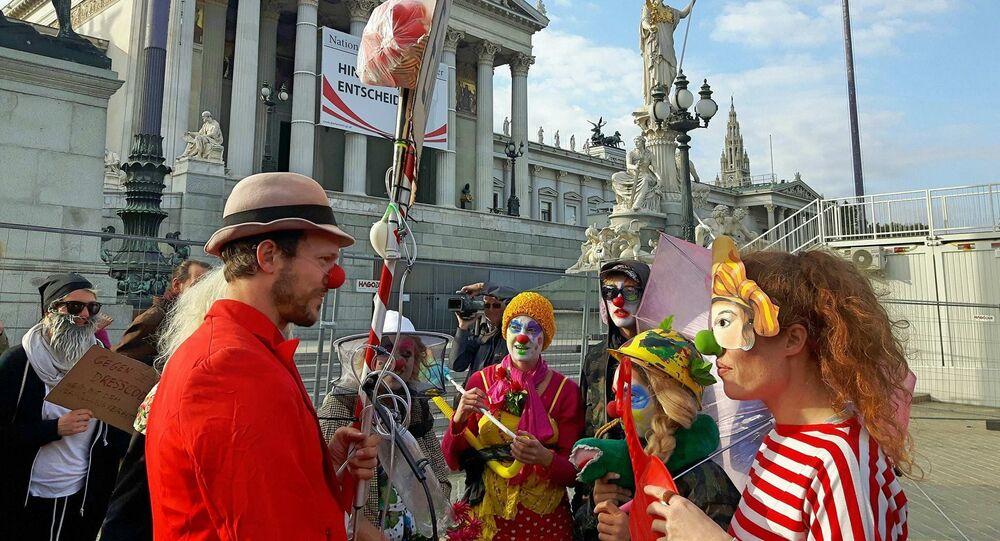Loi anti-dissimulation du visage en Autriche: les clowns réagissent