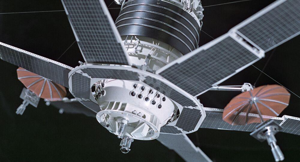 Satellite de télécommunications Molnia 1