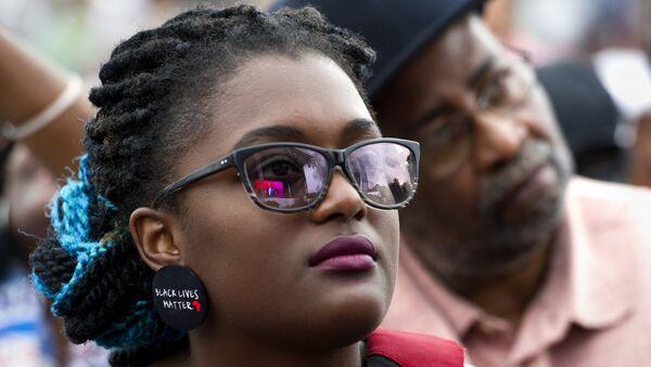 La marque Dove encore une fois en milieu d'un scandale raciste - Sputnik France