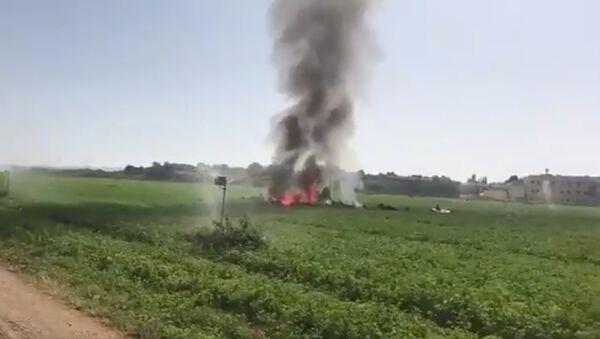 Espagne: crash d'un avion de chasse après le défilé de la fête nationale - Sputnik France