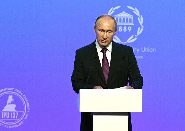Poutine: l'intervention extérieure dans la vie des autre pays n'apporte que du chaos
