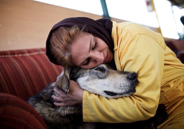 Enfants ou chiens de compagnie: quel est le choix des Iraniennes?