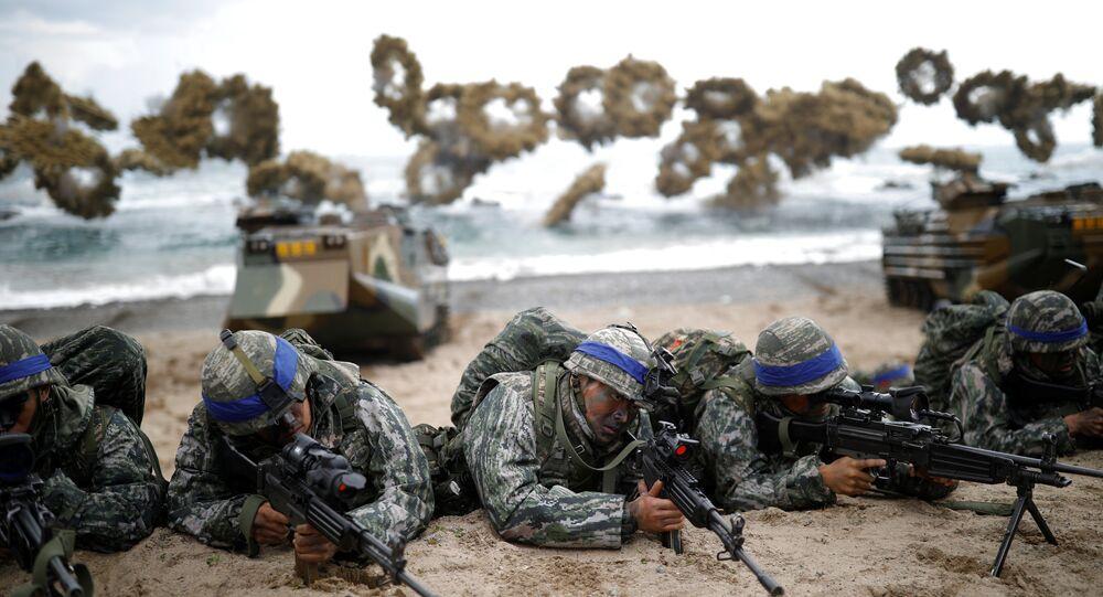 Les commandos sud-coréens participent à des exercices militaires avec les militaires américains