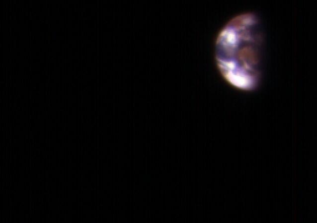 La Lune et la Terre vues depuis l'orbite de Mars