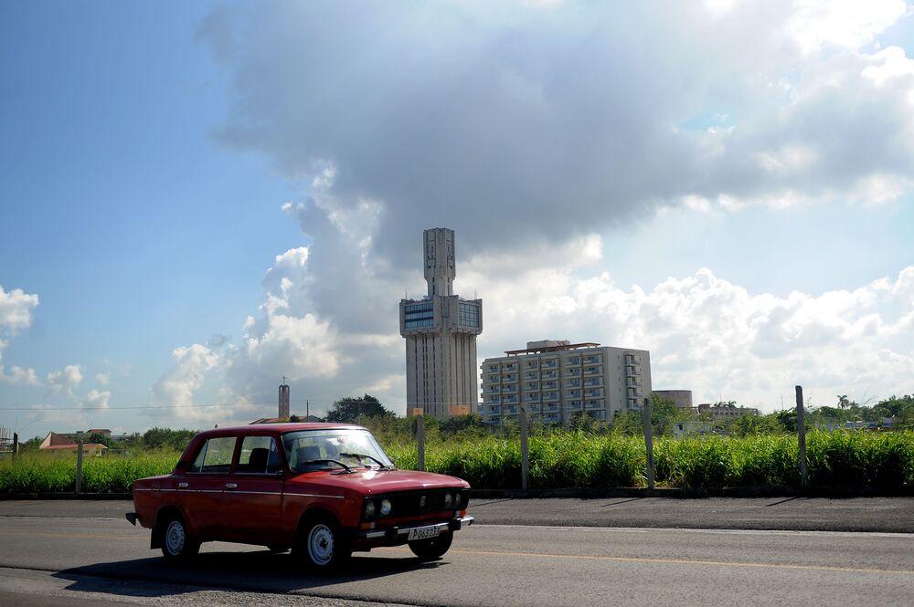 Le pittoresque soviétique de l'île de la Liberté