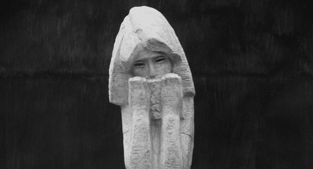 Sculpture d'Anne Frank