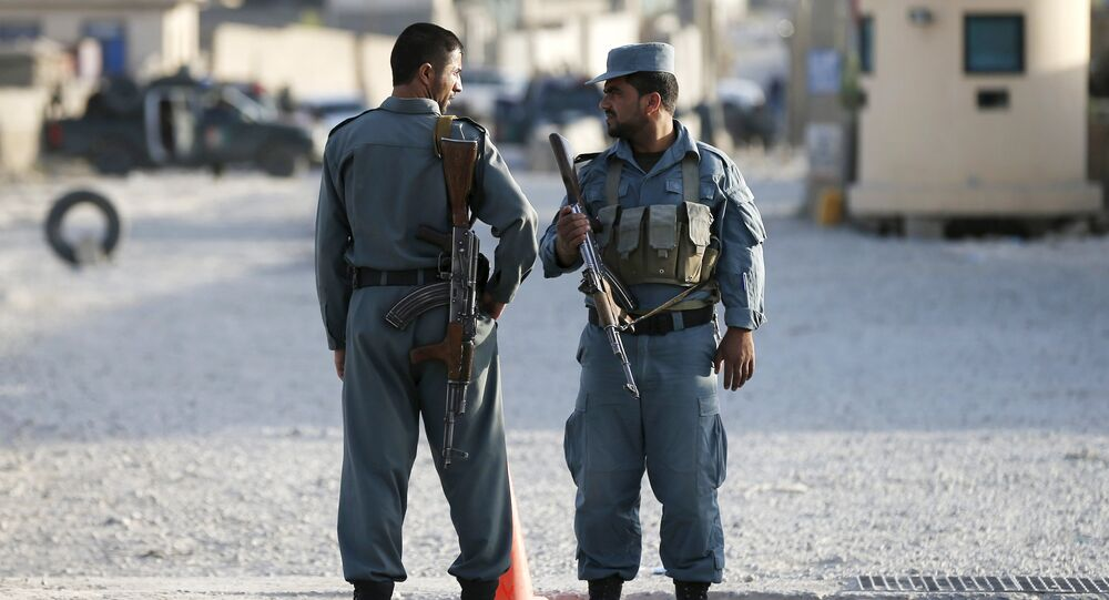 Agents de police afghans