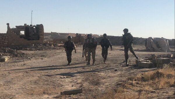 Les militaires syriens à l'est de Deir ez-Zor - Sputnik France