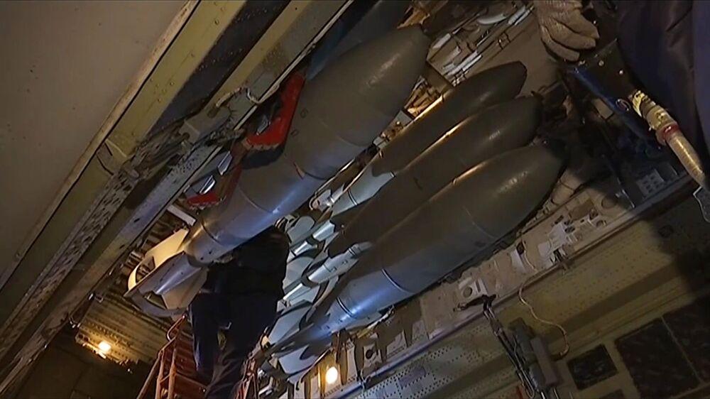 Des bombardiers russes Tu-22M3 frappent des sites des terroristes en Syrie