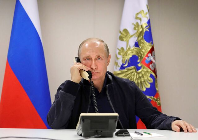 Vladimir Poutine lors d'un entretien téléphonique