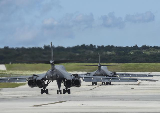Des B-1B Lancer à la base aérienne d'Andersen sur l'île de Guam