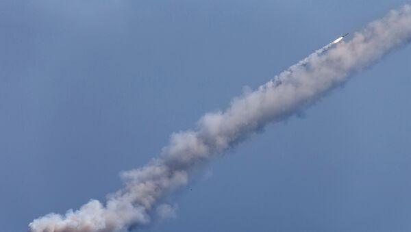 Запуск ракет Калибр по целям террористов в Сирии - Sputnik France