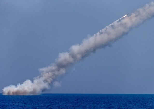 Des missiles russes Kalibr frappent les terroristes en Syrie