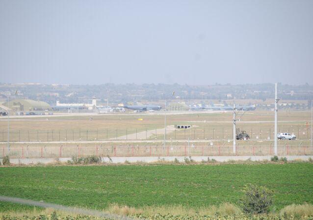 Avions militaires, sur la base d'Incirlik