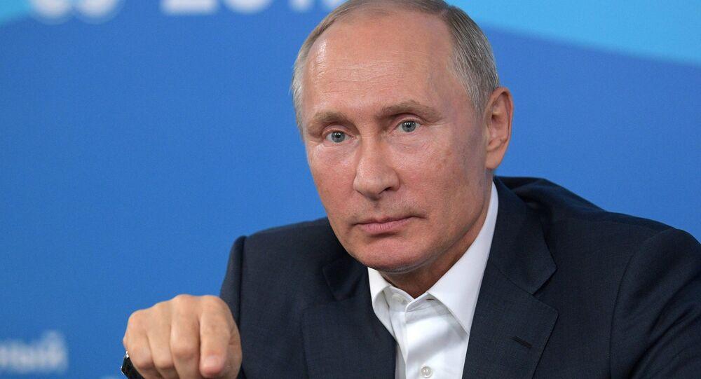 Suivre l'exemple russe: Poutine appelle le monde à se débarrasser des armes chimiques