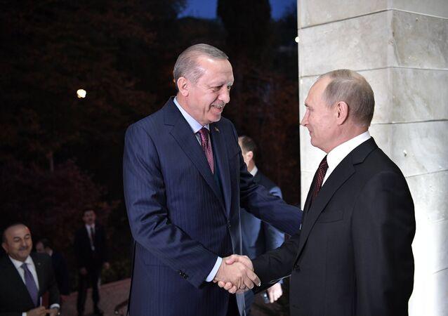 Recep Tayyip Erdogan et Vladimir Poutine à Sotchi