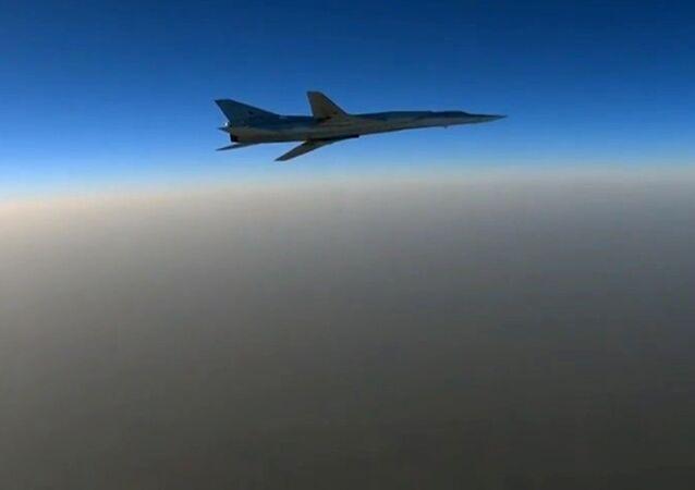 Авиаудары по объектам ИГ в Сирии