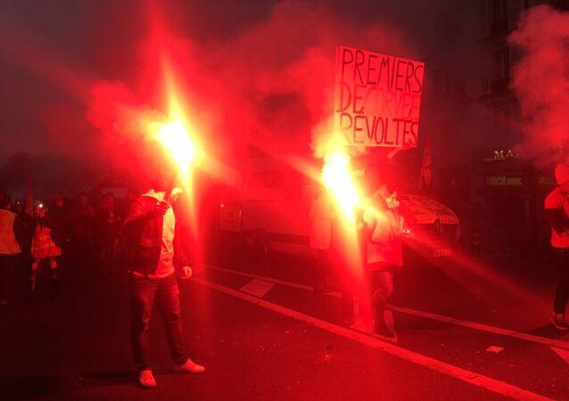 Des manifestants anti Macron