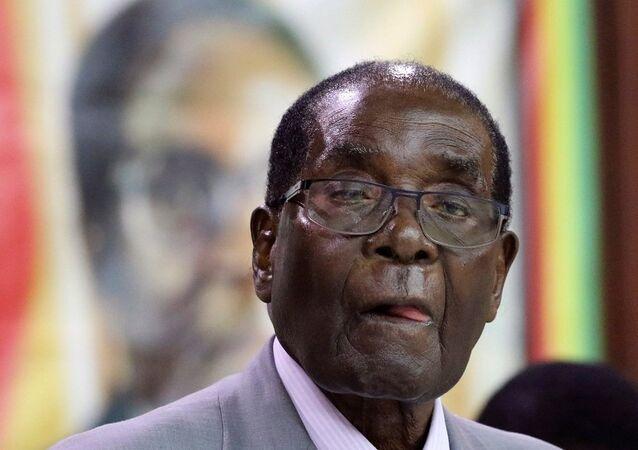 Mugabe au seuil d'une «nouvelle vie»: que fera-t-il après avoir quitté le pouvoir?