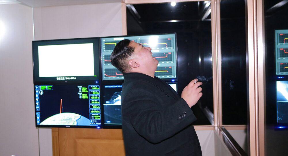 Kim Jong-un le tir du Hwasong-15 le 30 novembre 2017