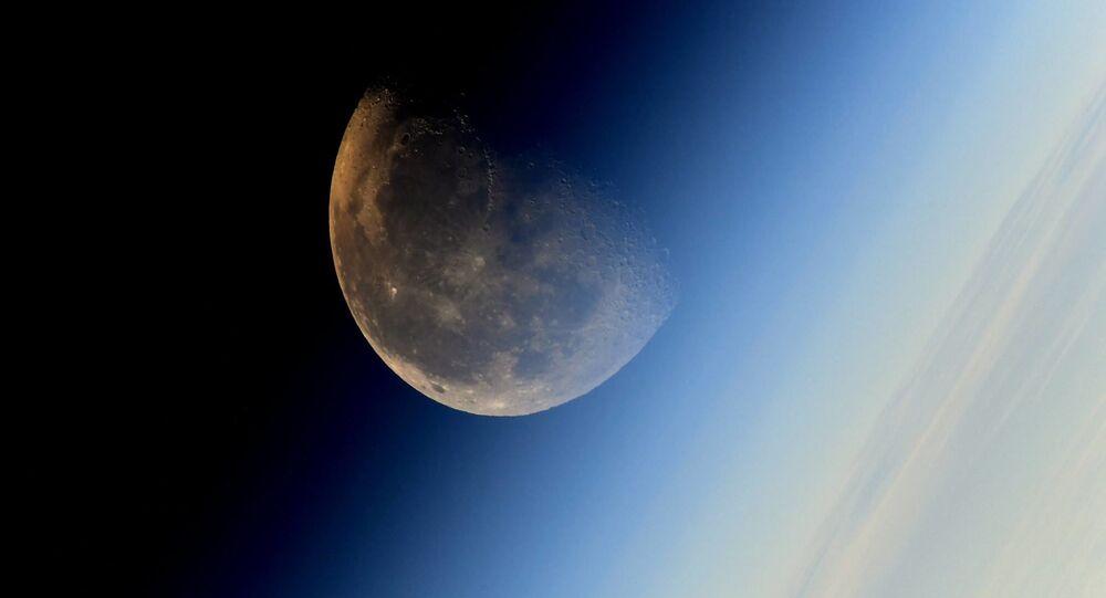 La Lune vue depuis l'ISS