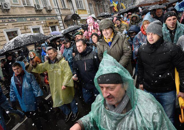 Mikhaïl Saakachvili et ses partisans