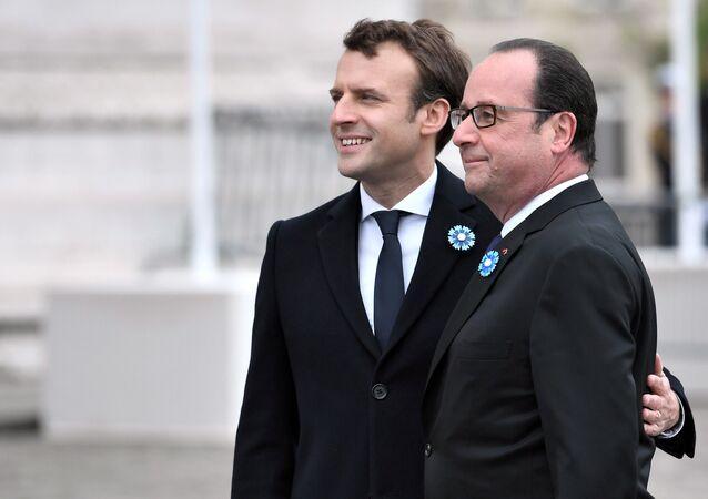 Emmanuel Macron et François Hollande en 2017