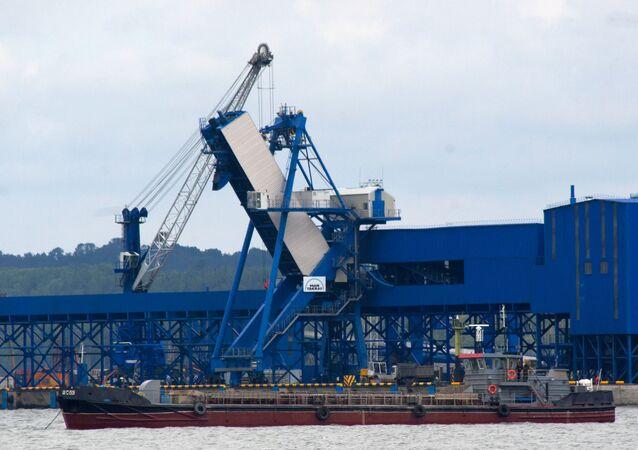 Le port maritime russe d'Oust-Louga