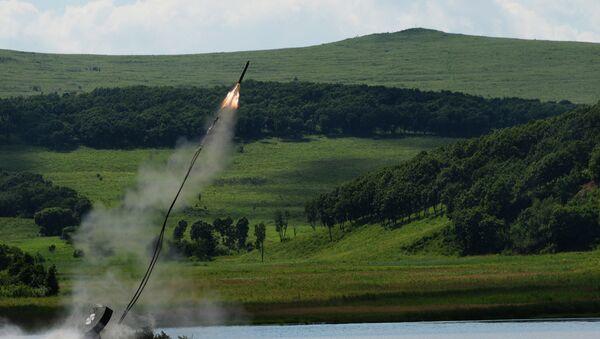 UR-77 lors des exercices militaires - Sputnik France
