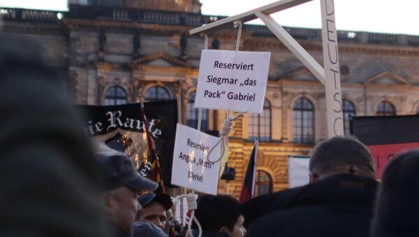 Les «potences pour Merkel» autorisées en Allemagne - Sputnik France