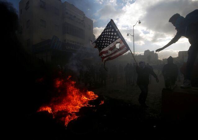 Des morts et au moins 760 blessés parmi les Palestiniens dans des affrontements à Gaza