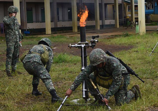 Les fusiliers marins dans les combats contre les positions des islamistes