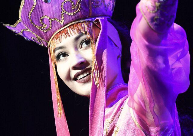 Concours de beauté et de grâce Miss Asia Russia