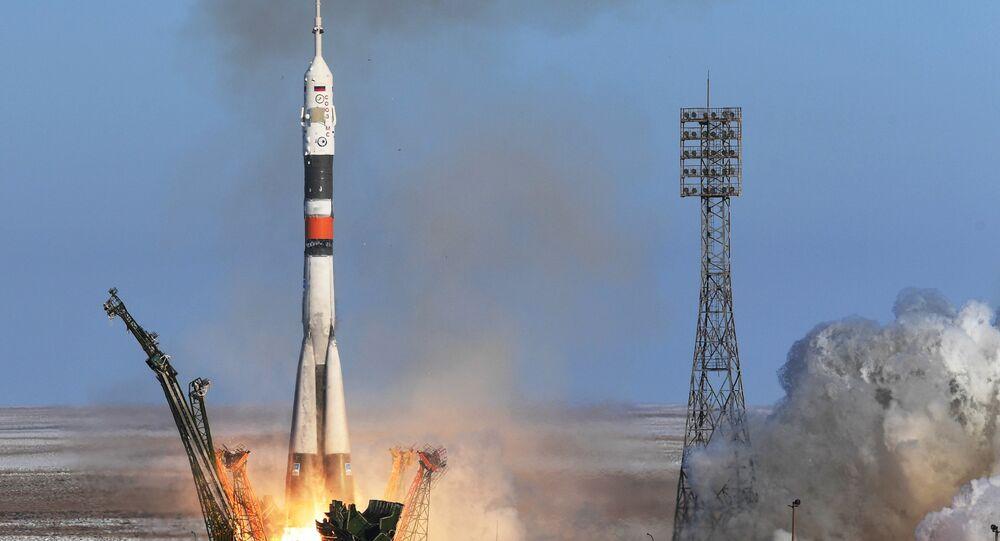 Une fusée Soyouz