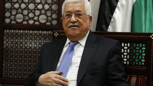 Palestinian president Mahmoud Abbas is pictured during a meeting with the Norwegian foreign minister in the West Bank city of Ramallah on September 8, 2016. - Sputnik France