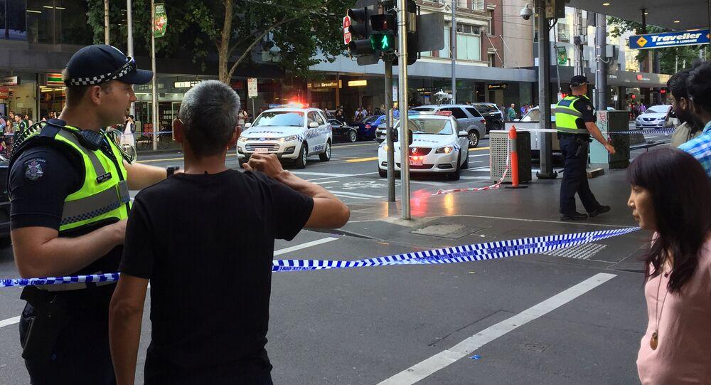 Plusieurs explosions de bouteilles de gaz près d'un centre commercial près de Melbourne