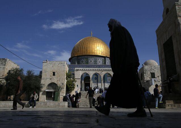 La mosquée Al-Aqsa et le dôme du Rocher à Jérusalem, image d'illustration