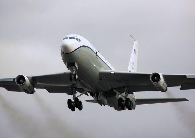 Avion d'observation américain Boeing OC-135B
