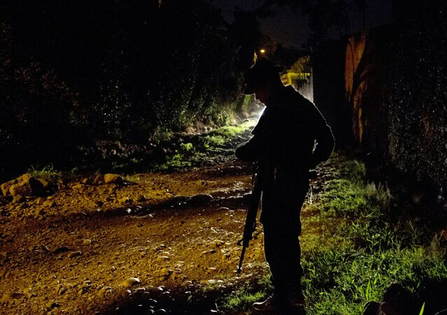 Un policier colombien