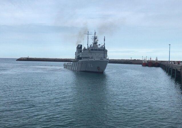 Le navire argentin Islas Malvinas