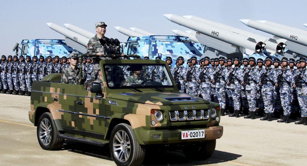 Xi Jingping lors d'une parade militaire