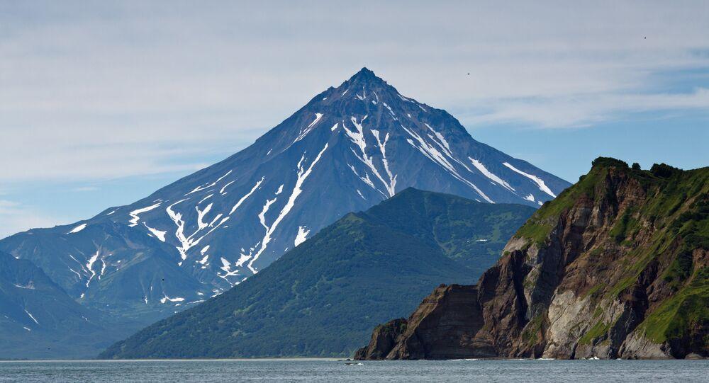 Le volcan Viloutchik au Kamtchatka