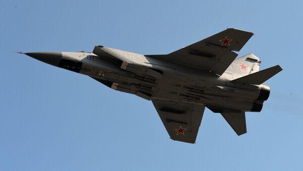 Chasseur-intercepteur tout-temps MiG-31 - Sputnik France
